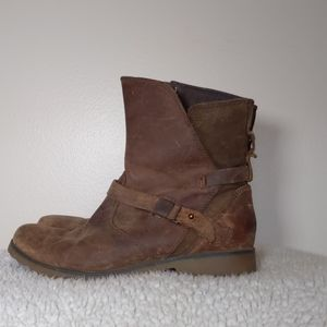 Teva De la vina leather waterproof boots